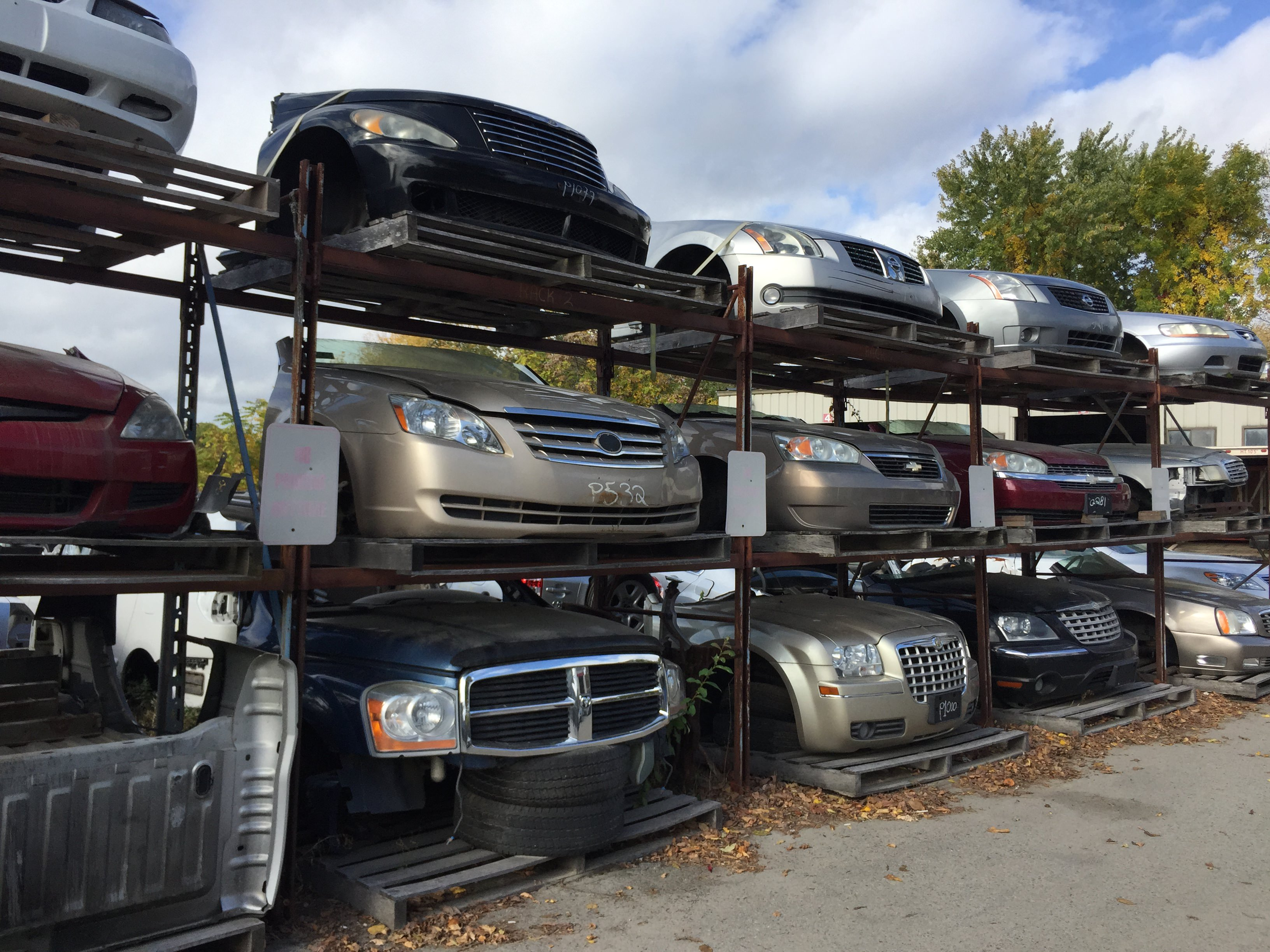 we carry hundreds of used auto parts, from fenders, hoods windshields,  doors to headlights, taillights and other accessories